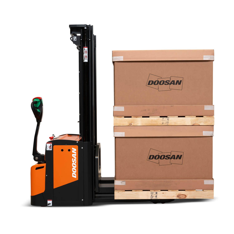 Doosan 1.4 – 2 Tonne Heavy Duty Stacker Trucks