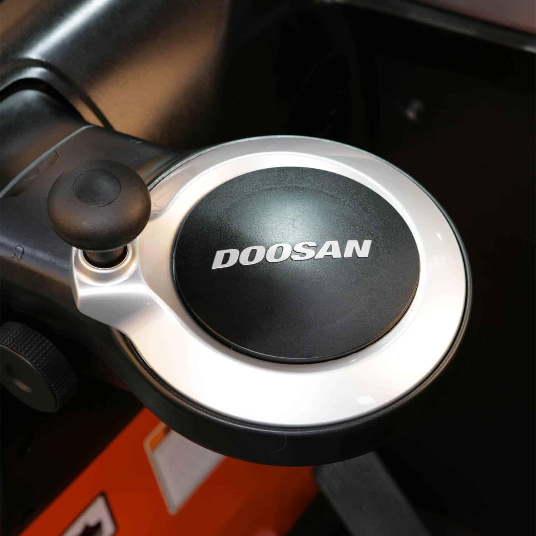 doosan logo on Doosan Reach Trucks