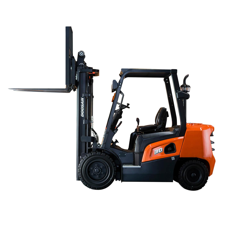 Doosan NX Plus Series Forks lifted - KS Lift Trucks
